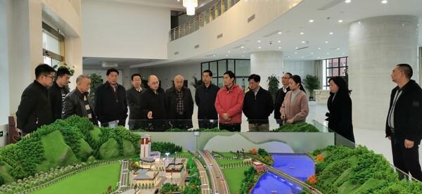 四川省人大常委会委员、经济委主任委员黄昌明一行到汶川调研县域经济发展情况